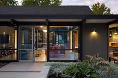 ปกปิดเพื่อเปิดโปร่ง ความน่าค้นหาของบ้านสีเทาชั้นเดียว « บ้านไอเดีย แบบบ้าน ตกแต่งบ้าน เว็บไซต์เพื่อบ้านคุณ