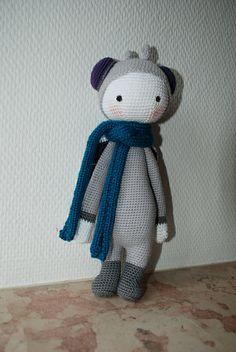 BUZZ the house fly made by Lu6 / crochet pattern by lalylala