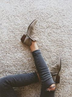 have these in black :) they're as comfortable as they are cute
