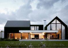 Modern Barn House, Modern House Design, Barn Style Houses, Modern House Facades, Style At Home, Gable House, Modern Farmhouse Exterior, Dream House Exterior, Facade House
