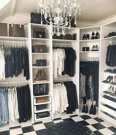 Black and white walk-in closet Chandelier # dressing room # accessible . - Black and white walk-in closet Chandelier # dressing room # walk-in closet # walkinclo … - Walk In Closet Design, Bedroom Closet Design, Master Bedroom Closet, Closet Designs, Bedroom Closets, Diy Walk In Closet, Simple Closet, Boy Bedrooms, Master Suite