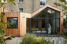 A Modern Wood Rear Extension Was Added To This Home In England - - Scenario Architecture have designed a modern wood extension to a large Victorian house, located in a conservation area in Hackney, London. House Extension Design, Extension Designs, House Design, Extension Ideas, Victorian Terrace, Victorian Homes, Victorian Architecture, Modern Architecture, Cedar Cladding