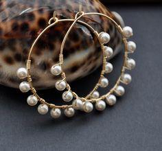 Gold Pearl Hoop Earrings Bohemian Silver Hoop by GueGueCreations Jewelry Design Earrings, Ear Jewelry, Bead Jewellery, Diy Earrings, Cute Jewelry, Beaded Jewelry, Jewelery, Jewelry Making, Hoop Earrings