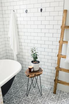 34 Ideas Bathroom Black Towels White Tiles For 2019