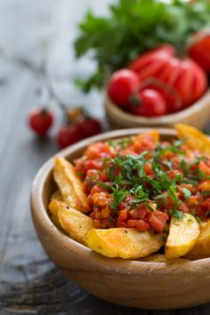 10 Spanish Street Food Dishes That Are Perfect For Exploring Its Amazing Cuisine Spanish Dishes, Spanish Food, Halloumi, Easy Beef Stew, Sandwiches For Lunch, Best Street Food, Sauce Tomate, Mets, Lunches And Dinners