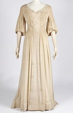 Aesthetic Dress- Dress worn during the Aesthetic Movement which was an embroidered silk dress with smocked waistline. No crinoline needed or petticoats. Smocked and embroidered beige silk Reform summer dress, by Metz & Co., Netherlandish (Amsterdam), c. 1910.