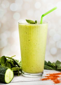 Mango-Cucumber Lime Smoothies-a little KICK from cayenne! via veggiechick.com #vegan