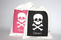 Pirate Skull and Crossbones Personalized Favor Bag.