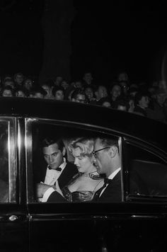 "On October 29, 1956 a big party was held in London : first, the ' Royal Command Performance for the film ""The Battle of the River Plate "" at the Empire Theater at Leicester Square . As usual, Marilyn Monroe arrived late in the arms of her husband Arthur Miller accompanied by photographer, Milton H. Greene . They manage to sneak into the theater just before the doors close."