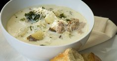 Zuppa Toscana (Crockpot) Ingredients ● 1 pound Italian sausage ● 3 russet potatoes, sliced into wedges then halved ● 2 cloves garlic, minced ● 1 large white onion, finely chopped ● 4 cups chicken broth ● 2 cups kale or Swiss chard, rinsed and chopped ● 1 cup heavy cream ● salt and pepper, to taste