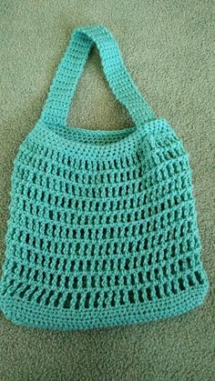 Crochet Bag Market Bag By Lynne Samaan - Free Crochet Pattern - (ravelry) - Crochet Market Bag, Crochet Tote, Crochet Handbags, Crochet Purses, Crochet Slippers, Crochet Shell Stitch, Bead Crochet, Filet Crochet, Easy Crochet Projects