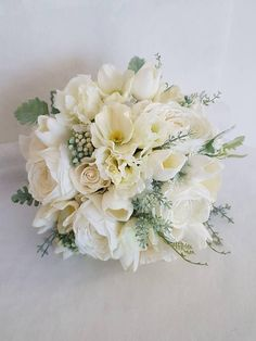 White bridal bouquet - Wedding bouquet - Silk bouquet - Artificial bouquet - Real touch flowers - Spring/Summer bridal bouquet