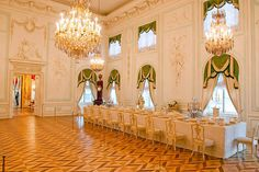 White Dining Room at the Grand Palace in Peterhof, west of Saint-Petersburg, Russia Imperial Palace, Imperial Russia, Royal Palace, Linderhof Palace, Peterhof Palace, Winter Palace, Summer Palace, Palaces, Buckingham Palace London
