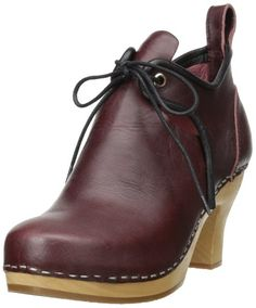 16c793711185 swedish hasbeens Women s 18th Century Boot