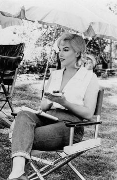 "Marilyn Monroe on the set of ""The Misfits"" 1961"