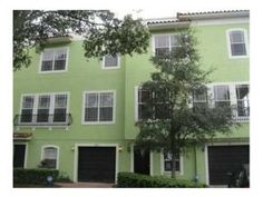Fab South Tampa Townhouse!   211 Rock Garden Place #8, Tampa FL