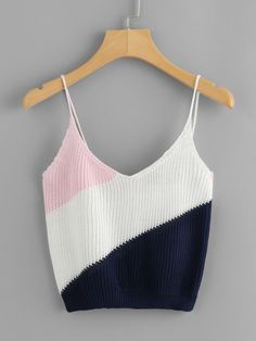 Casual Cami Regular Fit Spaghetti Strap and V neck Multicolor Crop Length Color Block Knit Cami Top - DIY Knitting Beach Outfit Plus Size, Cold Beach Outfit, Beach Outfits Women Plus Size, Casual Beach Outfit, Beach Outfits Women Summer, Cute Beach Outfits, Summer Beach, Miami Beach, Outfit Summer