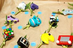 '80s Toys Boutonnieres