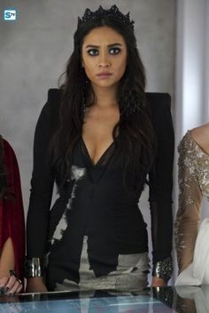 Pretty Little Liars   Season 6   Promotional Episode Photos   Episode 6.10 - Game Over Charles