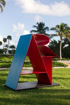 pop art sculpture by Robert Indiana