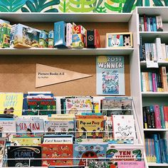 More research  @readingsbooks Research, Photos, Pictures, Author, Draw, Illustration, Books, Instagram, Search