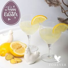 Spring is inspiring! Treat your guests to our refreshing non-alcoholic drink on Easter eve.  Sparkling Spring (ca 6 dl): 1 lemon Aloe Vera Gel (according to taste max 120 ml) 2 tsp fresh grated ginger 5 dl tonic water and ice cubes  How to: Squeeze half the lemon slice the rest. Peel and grate the ginger. Mix lemon juice ginger Aloe Vera Gel and tonic. Let it sit for a few minutes. Then put ice and lemon slices in a tall glass fill up with the drink and serve. Cheers!  http://aloi.st…