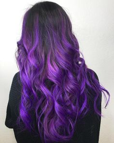 20 lila Balayage Ideen von subtil bis lebendig 20 purple balayage ideas from subtle to lively Balayage Hair Purple, Dyed Hair Purple, Hair Color Purple, Hair Dye Colors, Cool Hair Color, Purple Tips, Black To Purple Ombre, Bright Purple Hair, Ashy Hair
