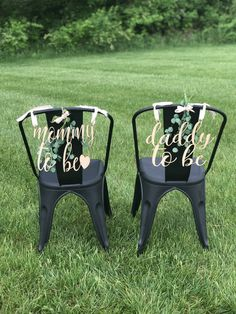 Bride groom husband wife Wedding Bridal Shower Chair Seat Wood Scroll Wall Hanging Sign by LilRanchOnBushclover on Etsy Baby Shower Chair, Deco Baby Shower, Shower Bebe, Bridal Shower, Girl Shower, Shower Party, Moldes Para Baby Shower, After Baby, Pregnant Mom