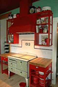 red and white kitchen so perfect! then a big old farmhouse table with lots of chairs...for lots of family