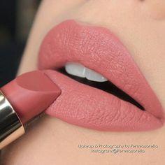 "@permiasorella) on Instagram: ""@esteelauder Pure Color Love Lipstick ""Raw Sugar"" _____ Inquiries: Permiasorella@gmail.com _____…"""