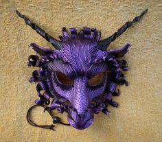 HECHO a la orden gran dragón púrpura máscara... Máscara de cuero original