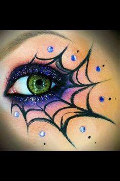 MayClover: Halloween (eye)makeup styles
