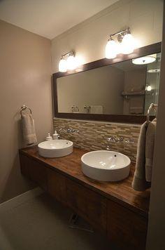 master bathroom..like the backsplash tile in the bathroom! Gotta do!