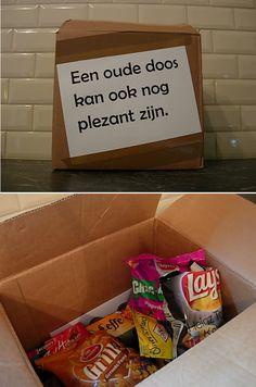 cadeau voor een 50-jarige tante (made it) proefpakketje Tena lady, geranium, oud-hollandse snoep, mosterd,