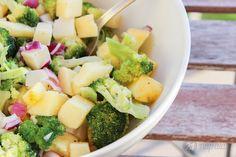 Almás-sajtos brokkolisaláta Nap, Fruit Salad, Cantaloupe, Food, Fruit Salads, Essen, Meals, Yemek, Eten