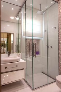 Corner shower remodel ideas interior design 69 New ideas Amazing Bathrooms, Shower Remodel, Bathroom Layout, Bathroom Interior Design, Shower Remodel Diy, Modern Bathroom, Bathroom Sets, Cheap Bathroom Remodel, Bathroom Decor
