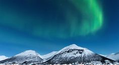 Get Great Shots of the Northern Lights with These Tips from Nature Photographer Thomas Heaton (VIDEO) | Shutterbug