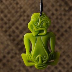 Maori Tiki - Green Resin . Mamarua $46 Polynesian People, Maori People, Maori Art, Nalu, New Zealand, Culture, Holiday Decor, Green, Crafts