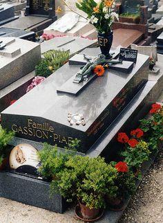 Túmulo de Edith Piaf. Cemitério do Père-Lachaise. # Paris, França.