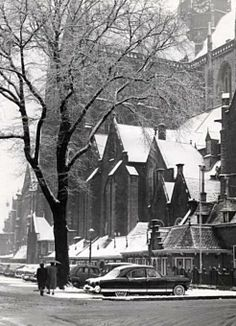 Bavo en grote markt in de sneeuw.. Amsterdam, Vintage Photographs, Holland, Dutch, Memories, Live, Winter, Places, Nostalgia