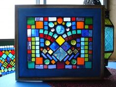 Stained glass mosaics in small frames Mosaic Crafts, Mosaic Projects, Mosaic Art, Mosaic Glass, Mosaics, Stained Glass, Glass Art, Glass Houses, Mosaic Ideas
