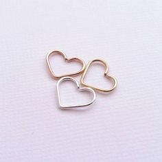 Tragus Earring Gold - Yellow White or Rose Gold Open Heart Earrings - Body Jewelry Cartilage Rook Helix Daith Tragus Piercings, Cartilage Jewelry, Body Piercing, Rose Gold Earrings, Heart Earrings, Heart Jewelry, Geode Jewelry, Gold Jewellery, Jewellery Earrings