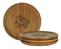 The natural lines of bamboo are visible, giving the platter an earthy, organic appeal which is further enhanced by the botanical design of Bay Tree, Fern or Orange Tree that sits laser-etched at the centre. Assorted cheeses, dainty cakes, and biscuits with dips have never looked better!