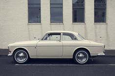2-door Volvo 122. Beautiful! #volvo #classiccars