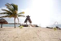 The #beaches of #DreamsResorts are a beautiful backdrop for a #wedding! #YourDreamDay