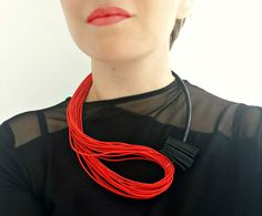 Red statement necklace Popular necklace Modern by PevalekArt Popular Necklaces, Art Necklaces, Unique Necklaces, Fabric Necklace, Diy Necklace, Necklace Designs, Fringe Necklace, Textile Jewelry, Fabric Jewelry