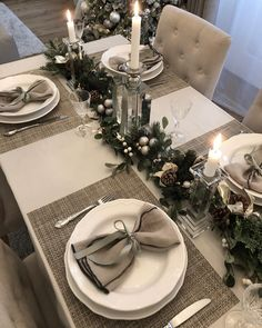 33 Inspiring Romantic Dining Table Decor Ideas - If you and your significant other are just beginning to set up a home for yourselves, there are some things you need to do to keep the romance alive i. Christmas Dining Table, Christmas Table Centerpieces, Christmas Table Settings, Christmas Tablescapes, Holiday Tables, Christmas Decorations, Holiday Decor, Merry Christmas Images, Christmas Mood