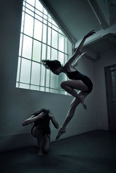 Dance photography (by shall we dance, lets dance, dance baile, Shall We Dance, Lets Dance, Dance Aesthetic, Foto Portrait, Dance Like No One Is Watching, Dance Movement, Royal Ballet, Foto Art, Dark Fantasy Art