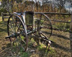 Old Farm Equipment Antique Tractors, Vintage Tractors, Old Tractors, Vintage Farm, Farm Tools And Equipment, Tractor Implements, Beautiful Farm, New Farm, Farm Signs
