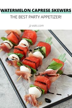 Say goodbye to boring vegetable platters that everyone and their mother brings to a party and say hello to these fun Watermelon Caprese Skewers! Best Party Appetizers, Skewer Appetizers, Easy Appetizer Recipes, Supper Recipes, Easy Recipes, Healthy Eating Recipes, Fruit Recipes, Sweets Recipes, Drink Recipes